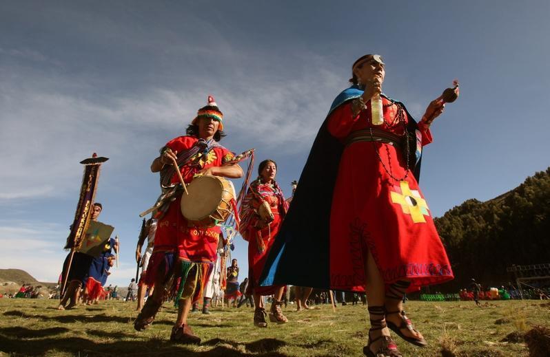 عجیب ترین آداب و رسوم شب یلدا در کشورهای دیگر جهان