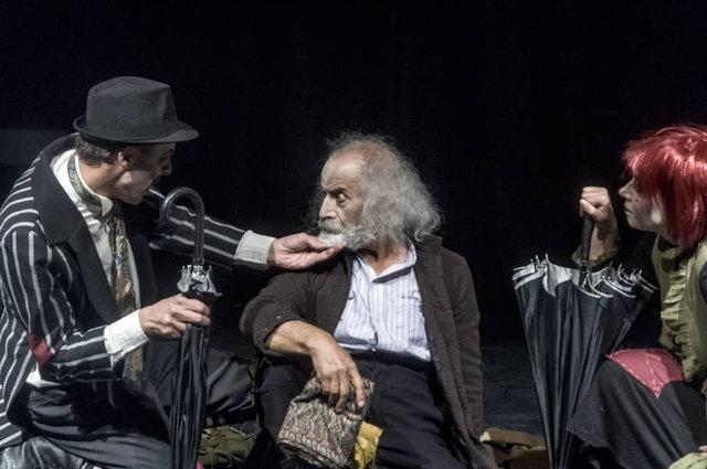 واکنش بهزاد فراهانی به یک تئاتر