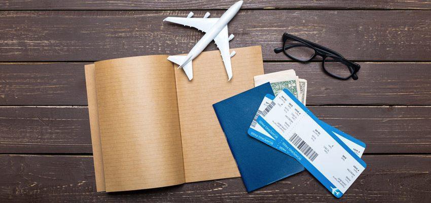 از نوشته های روی بلیط هواپیما سر در می آورید؟