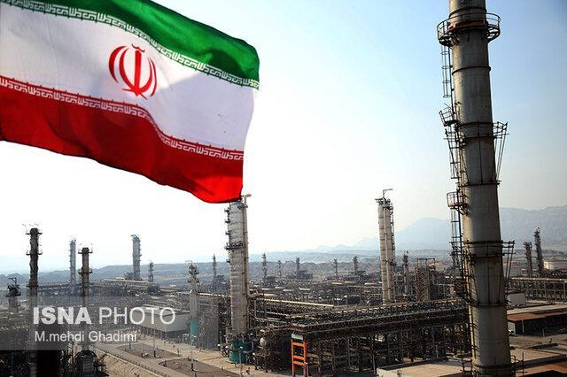 بررسی تولید بنزین پالایشگاه های بندرعباس و ستاره خلیج فارس با حضوز وزیر نفت