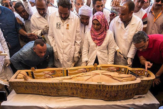 رونمایی از 30 تابوت چوبی سه هزار ساله و مومیایی های درونشان ، کشف بزرگ مصری ها را ببینید