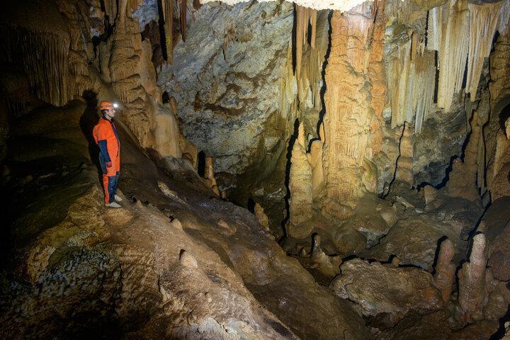 سفر به کهک؛ روایت یک ماجراجویی متفاوت ، غارهایی که قابلیت گردشگری و طبیعت گردی دارند