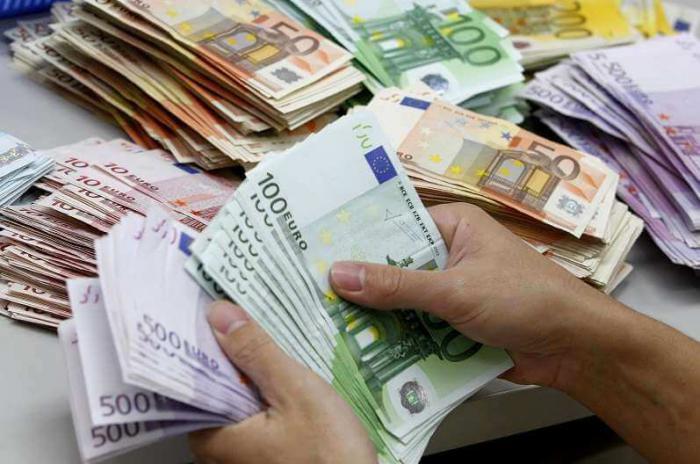 تداوم افت قیمت یورو و 9 ارز دیگر