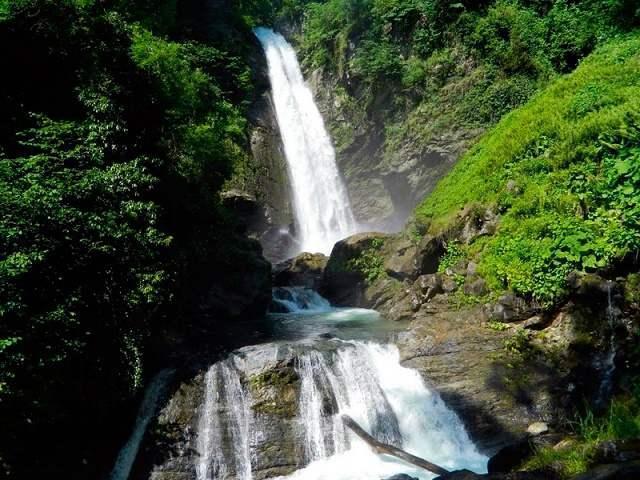 آبشارهای زیبای گرجستان