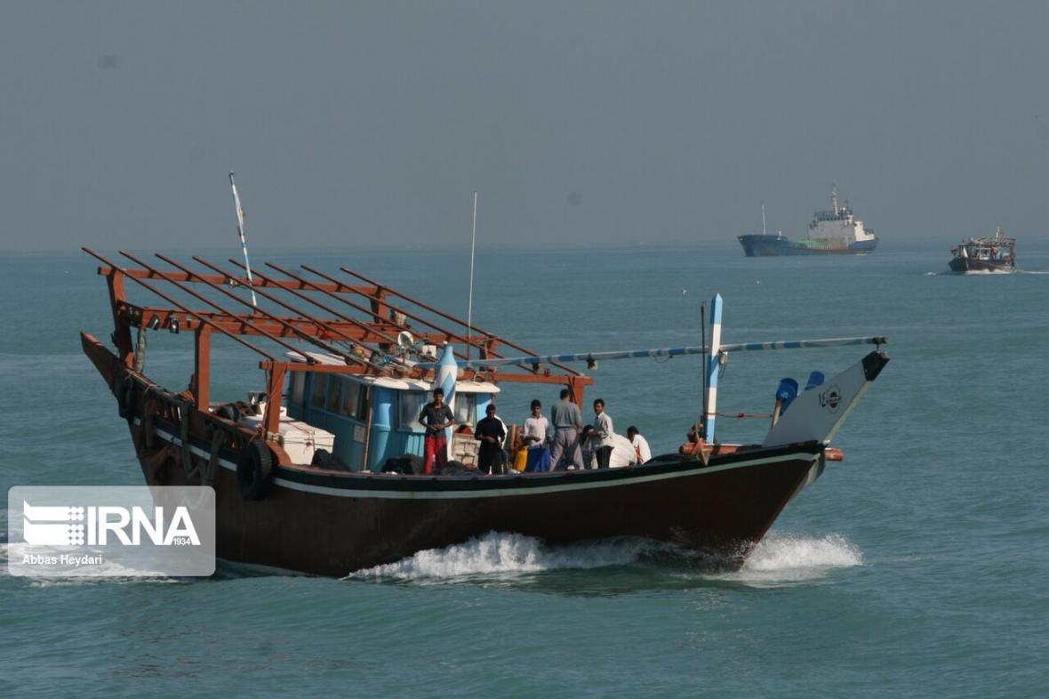 خبرنگاران 444 کارگر دریایی آسیب دیده از کرونا در هرمزگان هزینه دریافت می نمایند