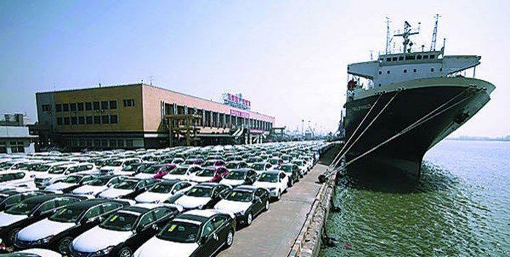 در نامه وزارت صمت به معاون اول رئیس جمهور مطرح شد؛ درخواست تمدید 3 ماهه واردات خودرو و کالاهای گروه 4