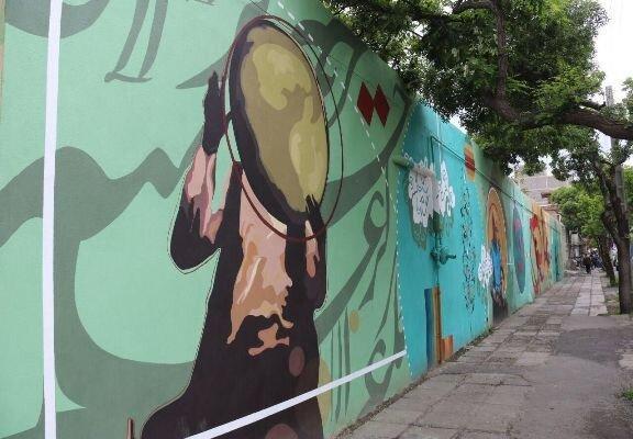 خیابان های اصلی سنندج با مضامین موسیقایی دیوارنگاری شد