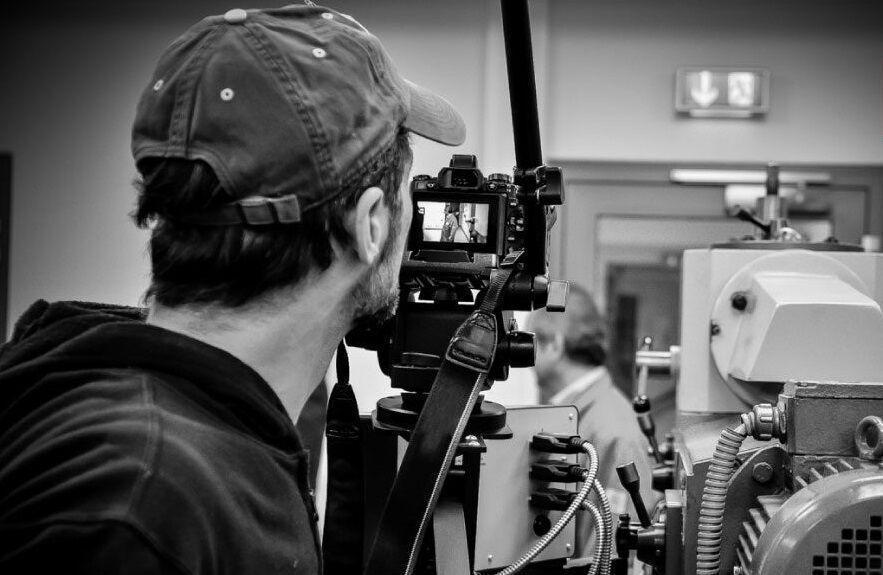 خبرنگاران برگزاری نخستین جشنواره ملی فیلم مستند کلدر در لرستان