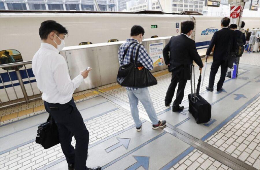 خبرنگاران ژاپن محدودیت های ورود به کشور را تسهیل می کند