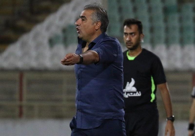 الهامی: آرزوی قلبی ام کسب سهمیه تراکتور و همچنین باقی ماندن ماشین سازی در لیگ است