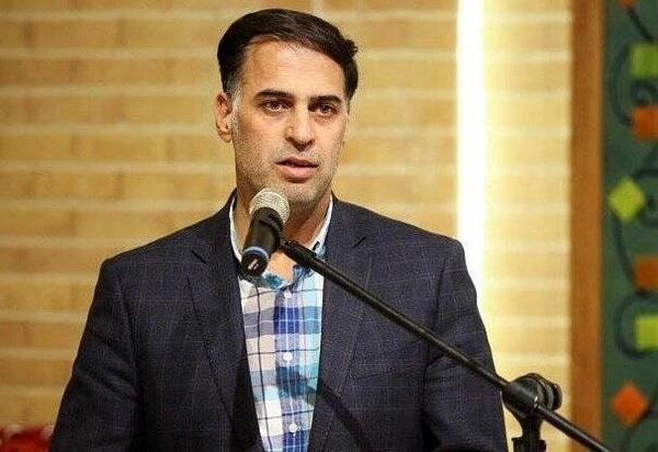 آذری: مدیران استقلال جذب نکونام را تمام شده بدانند، کاش فرهادکُشی را باب نکنیم