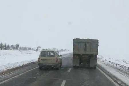 آزادراه کرج - تهران پرترددترین جاده کشور ، 8 جاده مسدود است