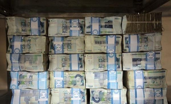 کسری 319 هزار میلیاردی درآمد&zwnjها برای پرداخت حقوق!