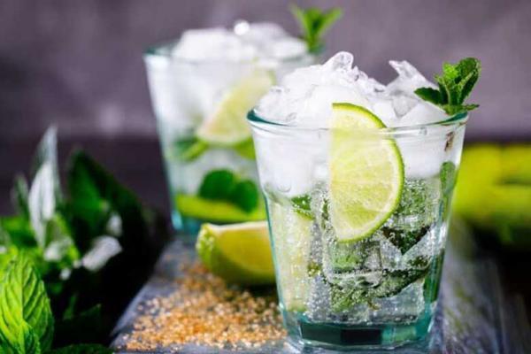 پنج نوشیدنی برای رسیدن به وزن ایده آل