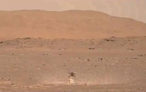 گردوغبار برخاسته از پرواز بالگرد نبوغ در مریخ با پردازش تصاویر نمایان شد