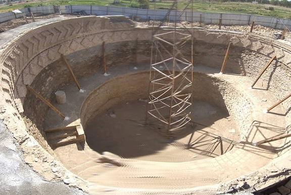 ادامه بازسازی بنای تاریخی یخدان میرفتاح همدان در راستای حفظ آثار تاریخی