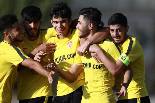 هیات فوتبال تهران همچنان خبرساز، 3 مربی با شکایت دبیر محروم شدند!
