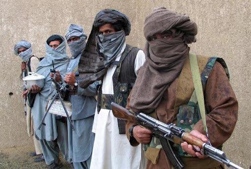 گزارش دیپلمات از شرایط نگران کننده افغانستان: درگیری ها به مرز دو کشور دیگر کشیده شده است